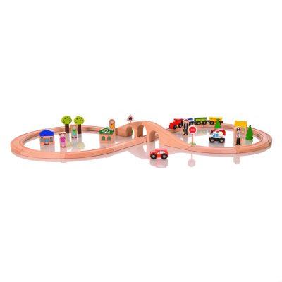 figure-of-eight-wooden-train-set3